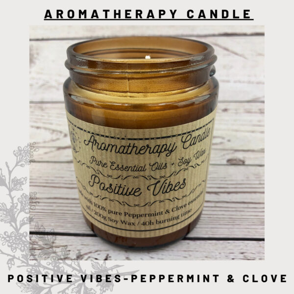 Peppermint and clove candle
